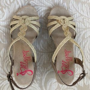Jellypop memory foam shoes size 6 M wedge sandals